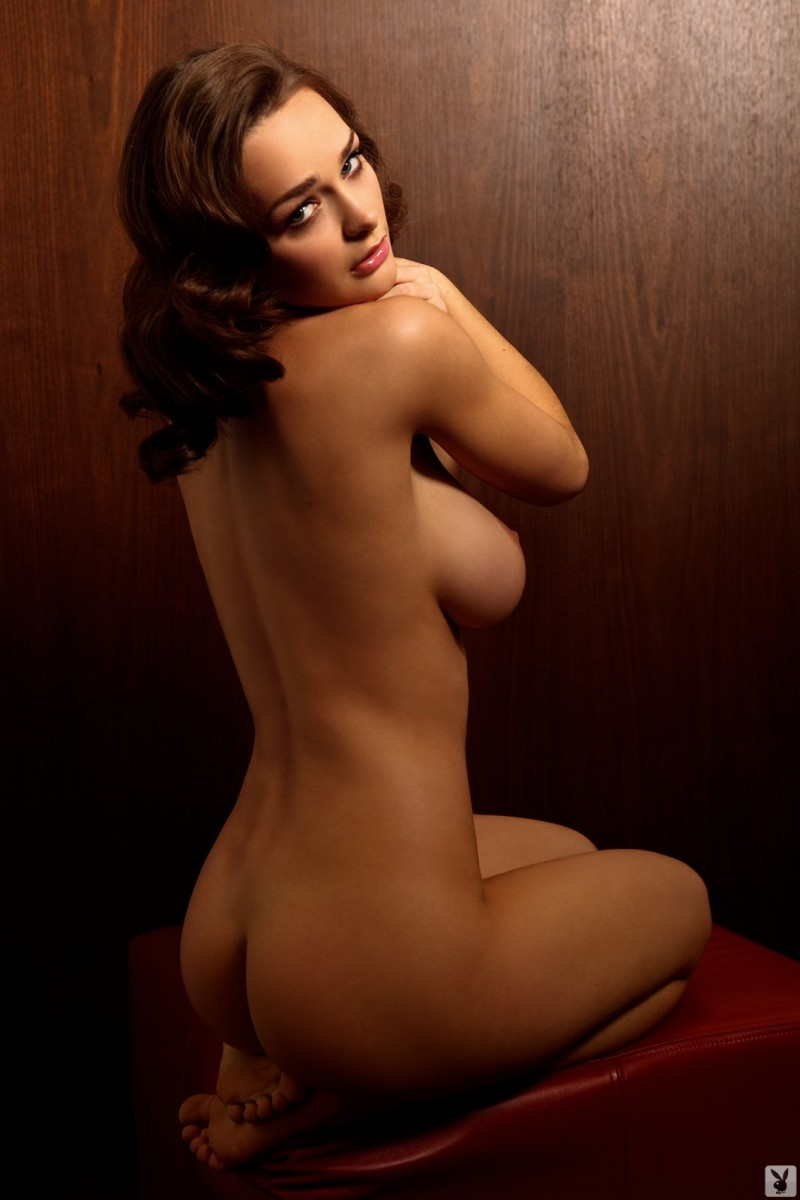 kristen-pyles-cybergirl-of-the-month-march-2011-playboy-22