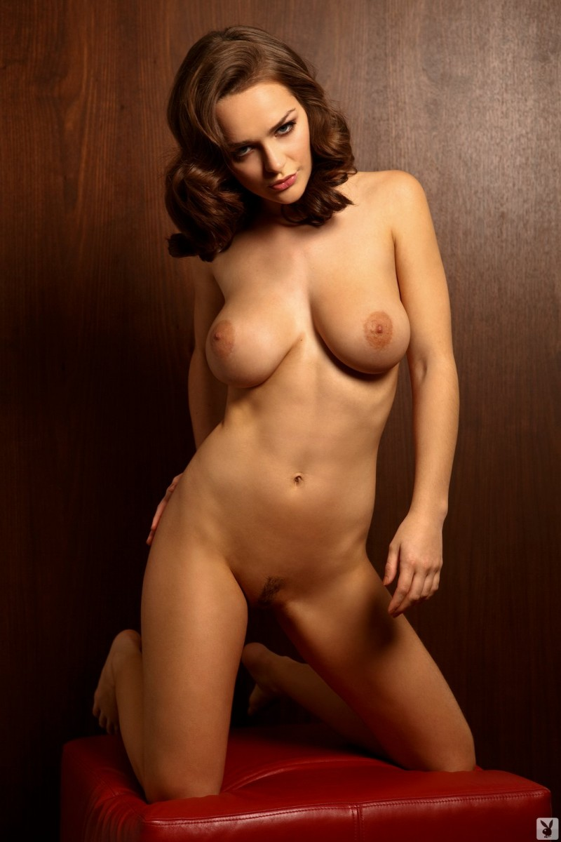 kristen-pyles-cybergirl-of-the-month-march-2011-playboy-24