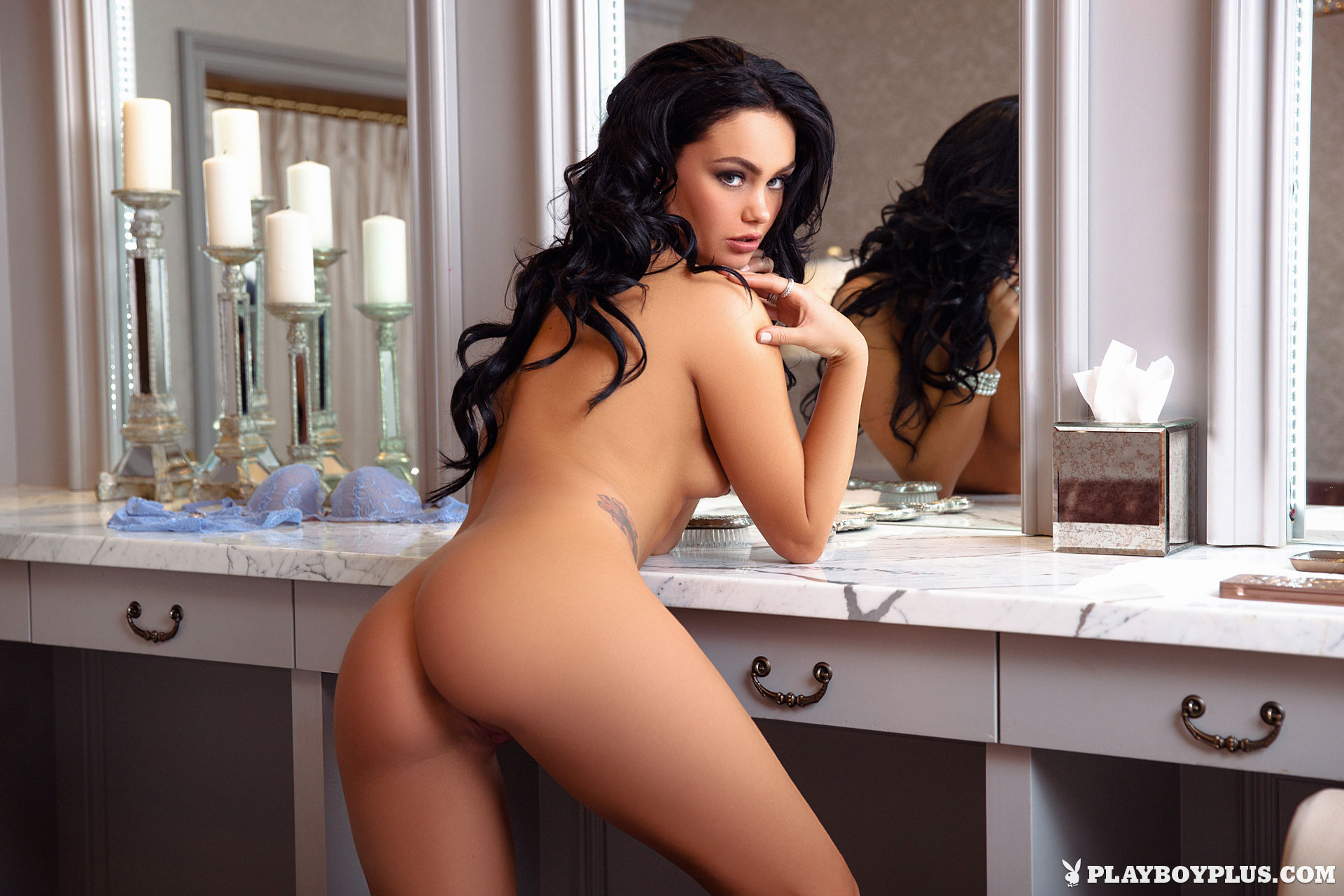 kristie-taylor-mirror-nude-brunette-playboy-11