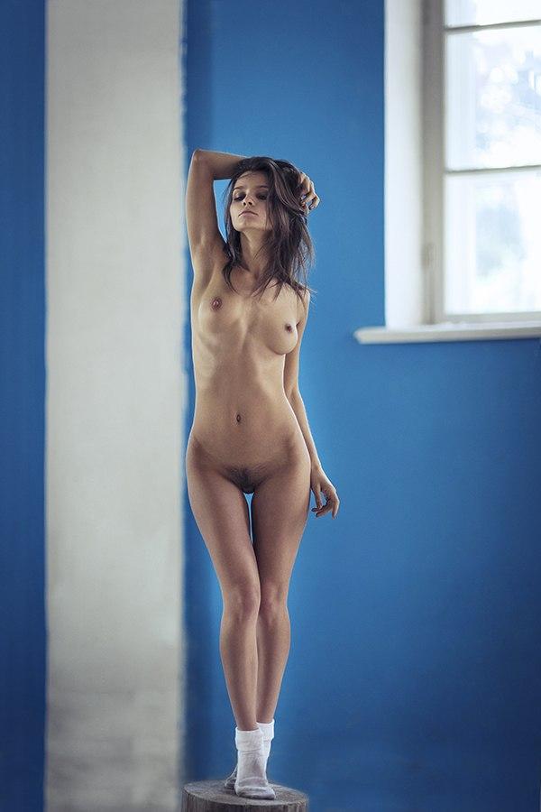 kristin-makarova-naked-erotic-kris-strange-10