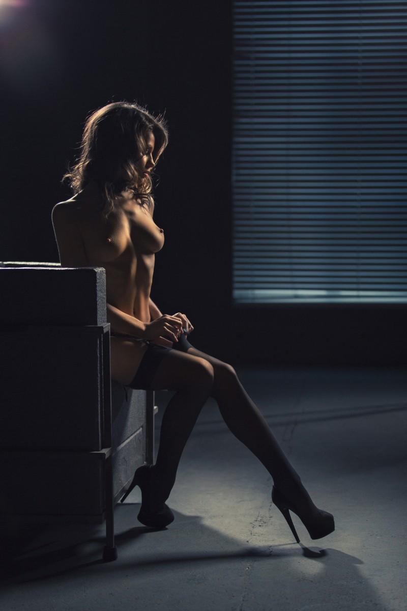 kristin-makarova-naked-erotic-kris-strange-18