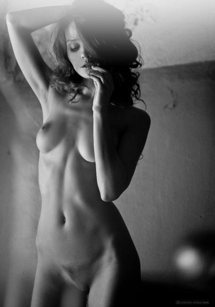 kristin-makarova-naked-erotic-kris-strange-36