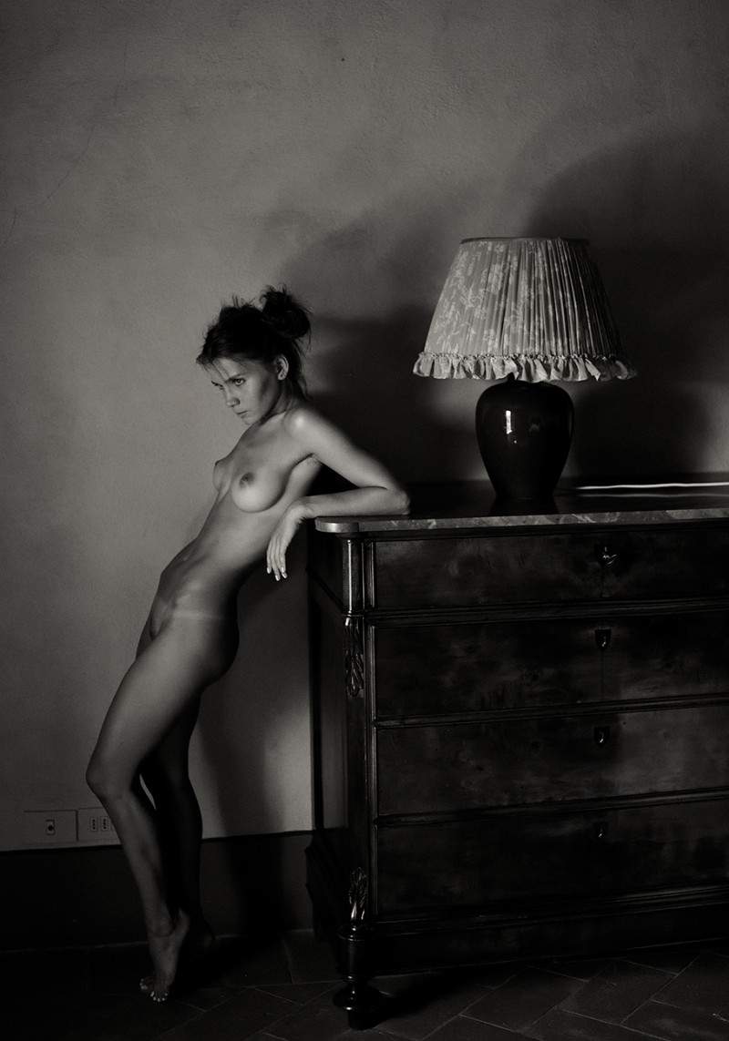 kristin-makarova-naked-erotic-kris-strange-71