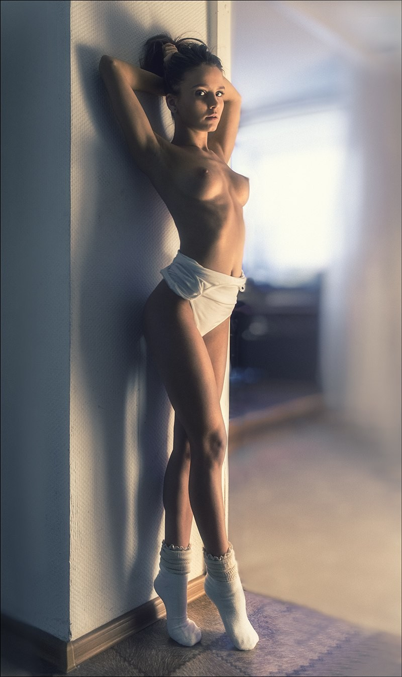 kris-strange-erotic-nude-kristin-makarova-16