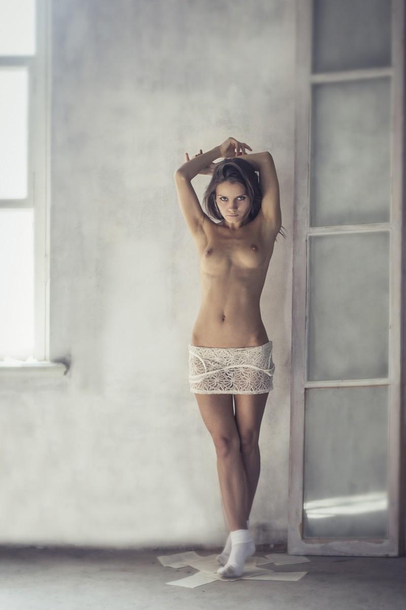 kris-strange-erotic-nude-kristin-makarova-27