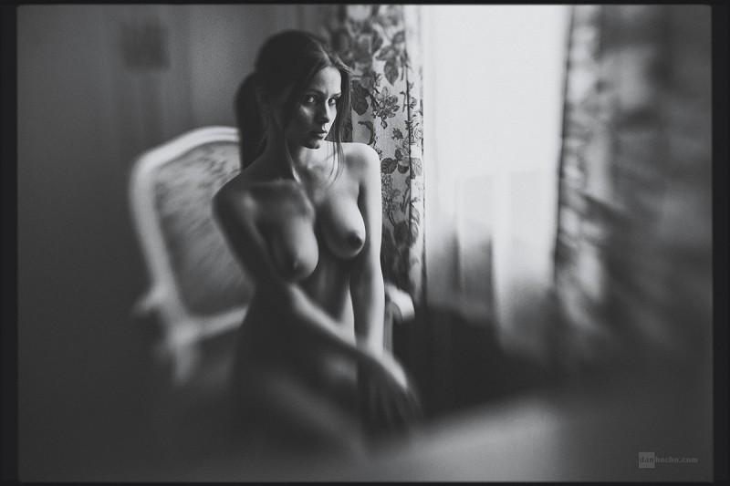 kris-strange-erotic-nude-kristin-makarova-32