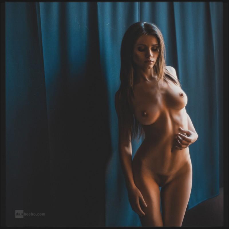 kris-strange-erotic-nude-kristin-makarova-35