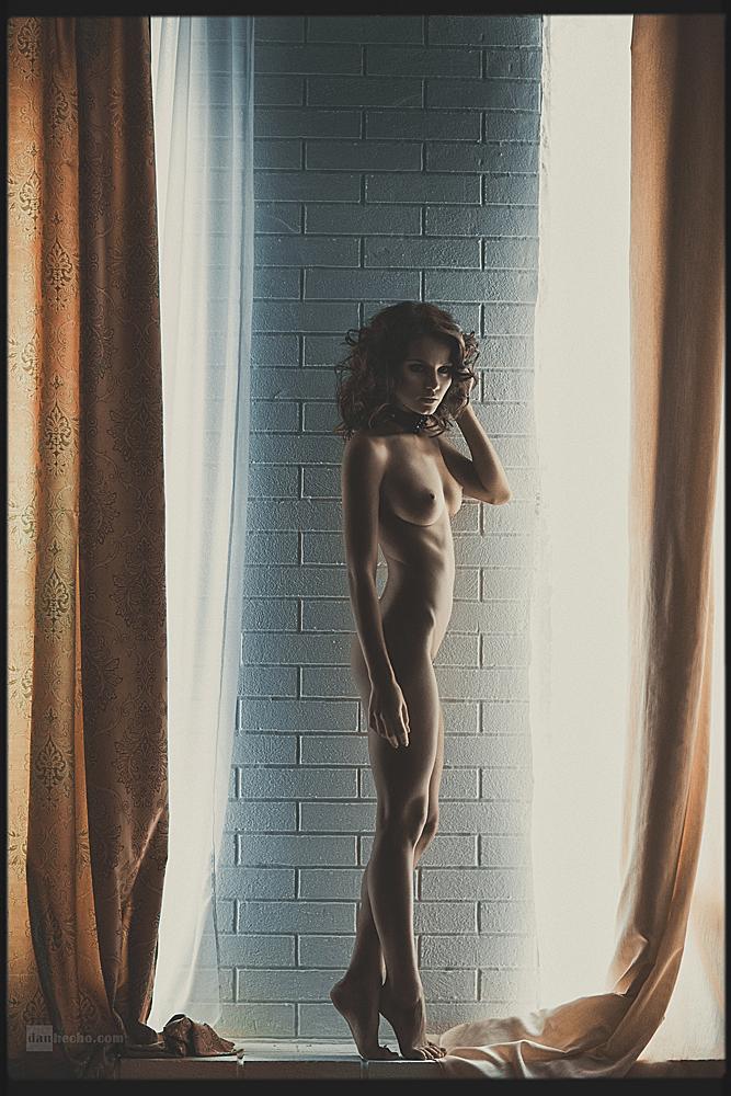 kris-strange-erotic-nude-kristin-makarova-39