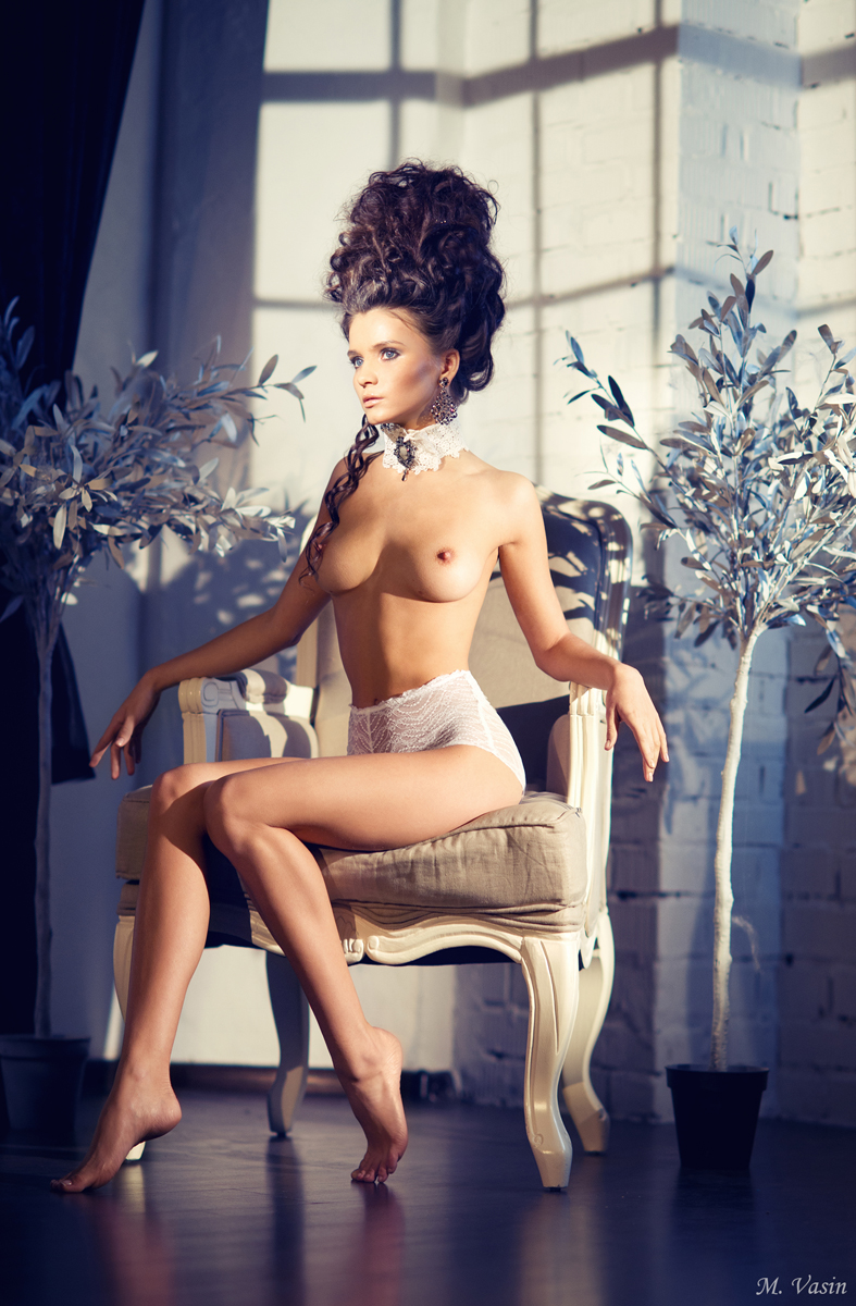 kris-strange-erotic-nude-kristin-makarova-44