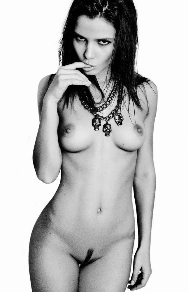 kris-strange-erotic-nude-kristin-makarova-49