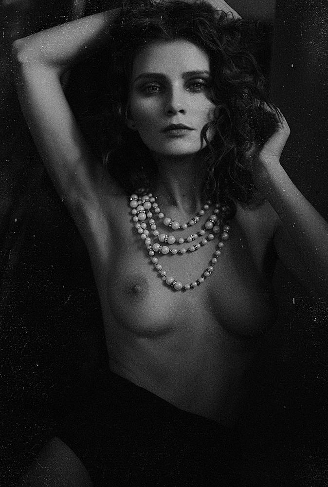 kris-strange-erotic-nude-kristin-makarova-52