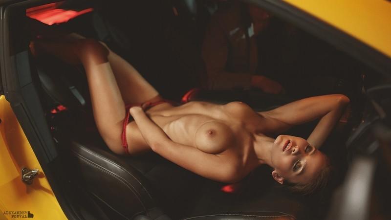 kris-strange-erotic-nude-kristin-makarova-62