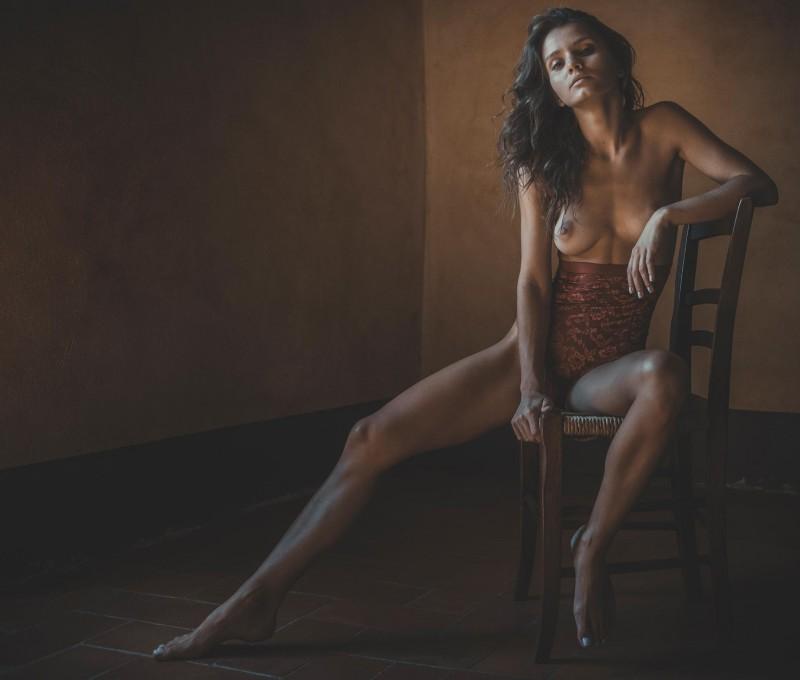 kris-strange-erotic-nude-kristin-makarova-91
