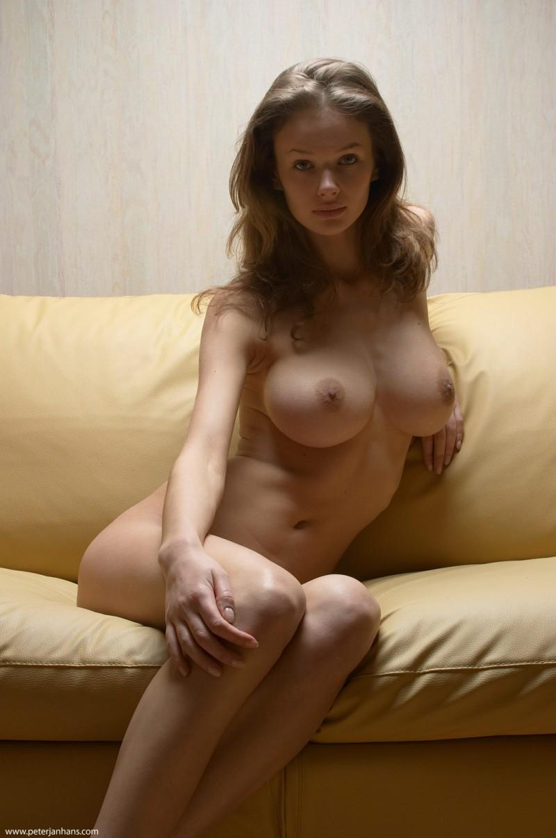 kristina-boobs-nude-sofa-peter-janhans-13