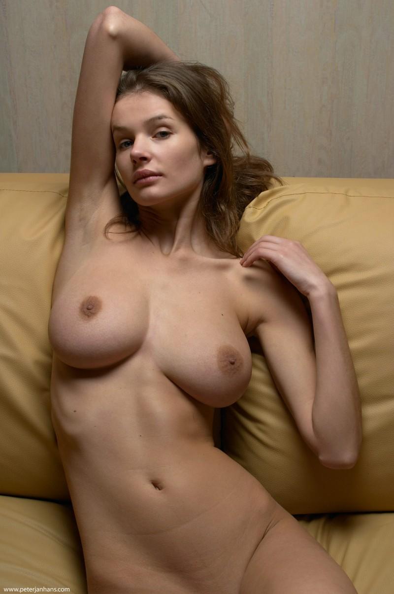 kristina-boobs-nude-sofa-peter-janhans-19