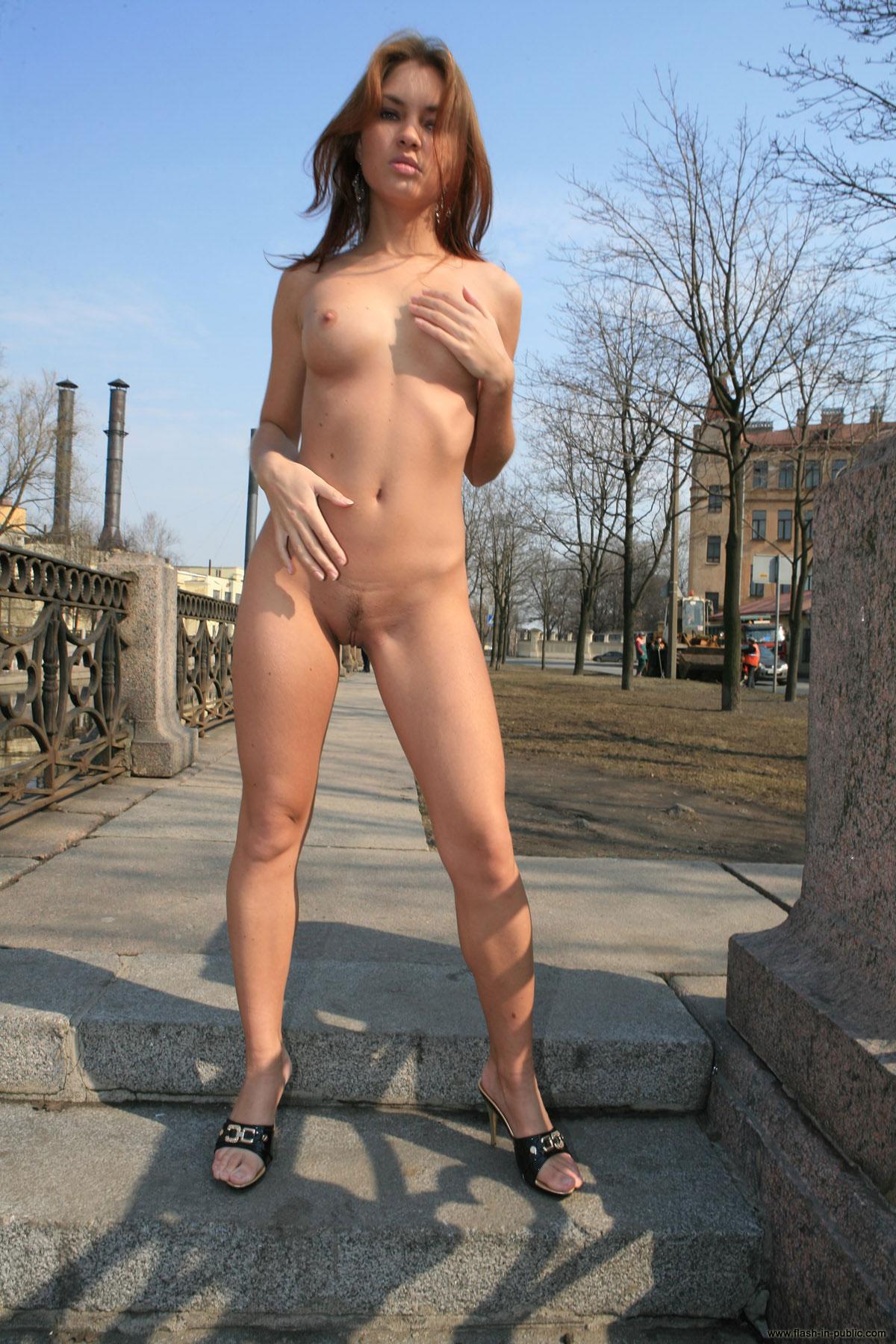 Sexy vid,tres public nude