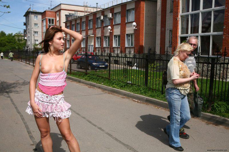 kristina-anglers-nude-russia-flashinpublic-15