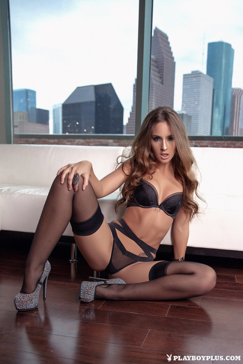 kylie-cupcake-morgan-stockings-high-heels-playboy-07