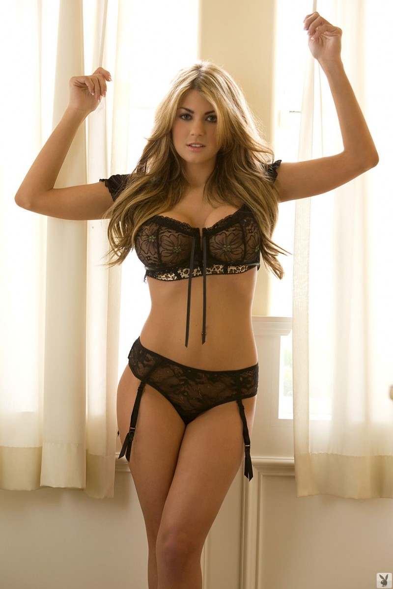 lacy-spice-garters-playboy-03