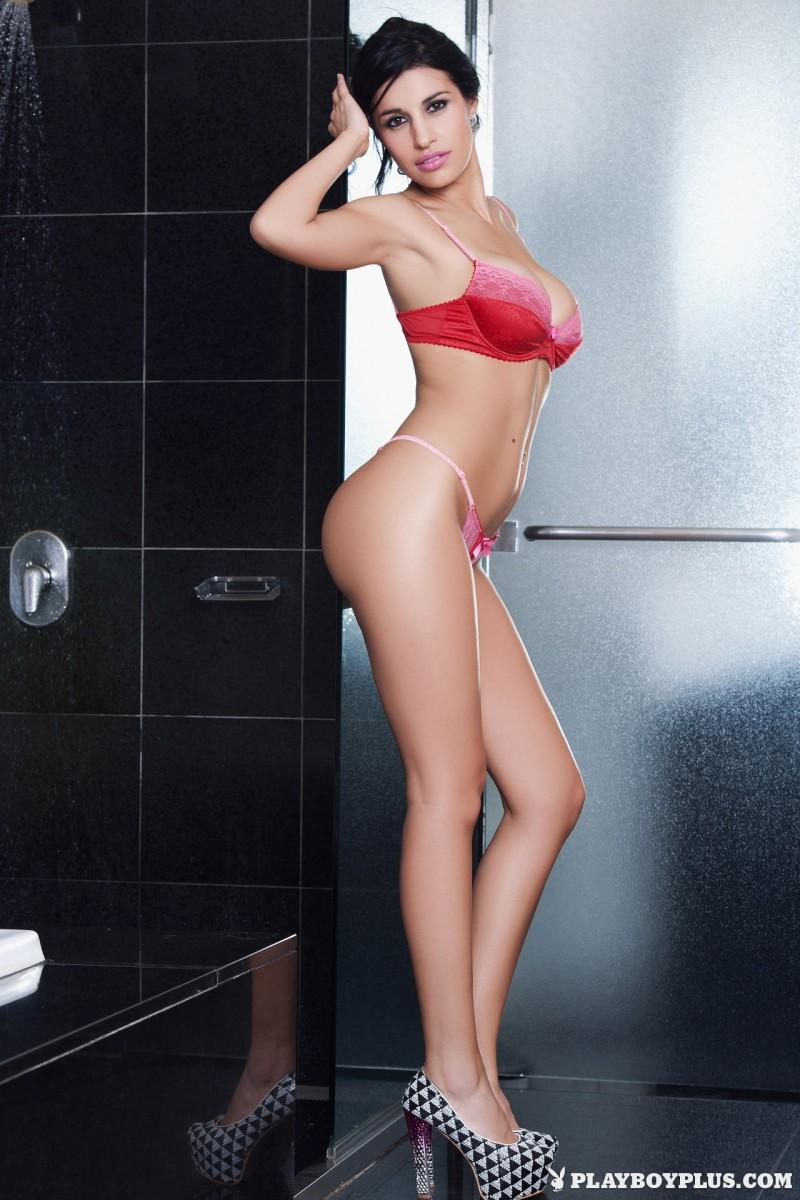 laura-cattay-bathroom-nude-playboy-01