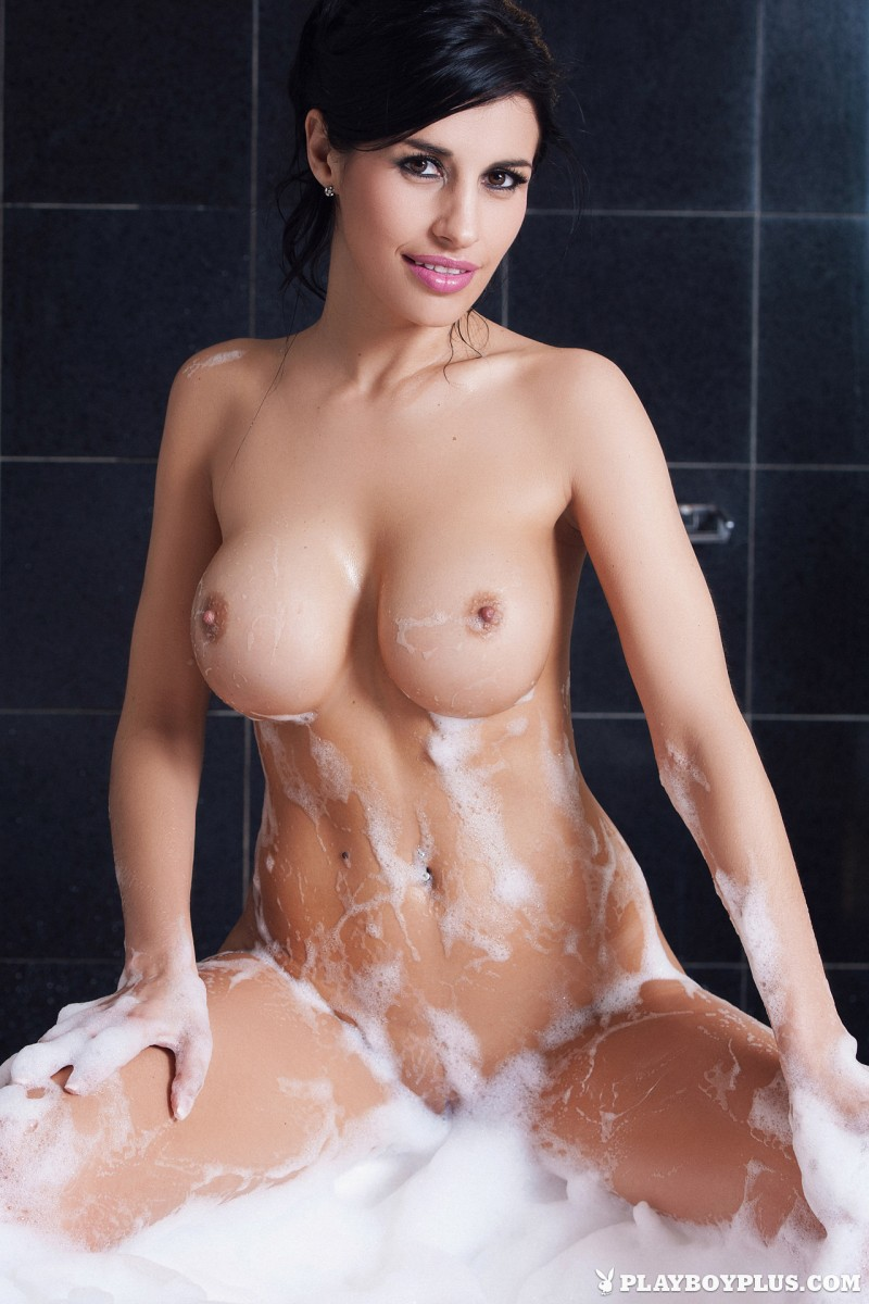 laura-cattay-bathroom-nude-playboy-30