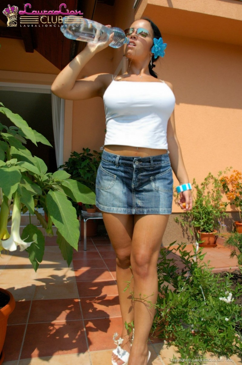 laura-lion-jeans-mini-skirt-03