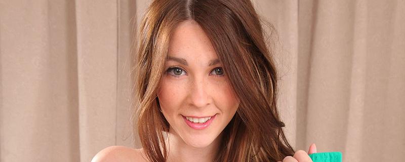 Lauren Chelsea – Tight pants & stockings