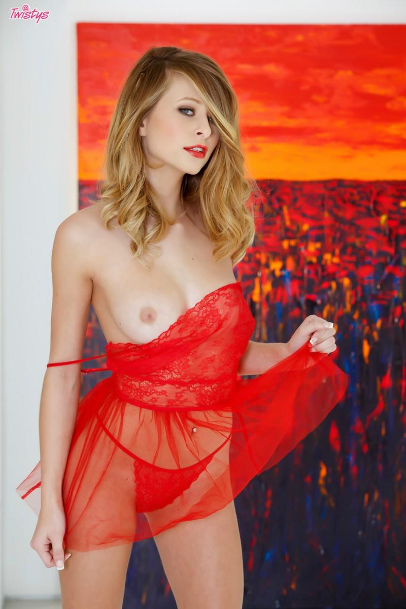 lauren-clare-red-nighty-twistys-07
