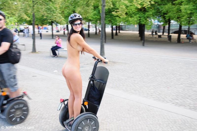 lauren-nude-public-segway-nip-activity-04