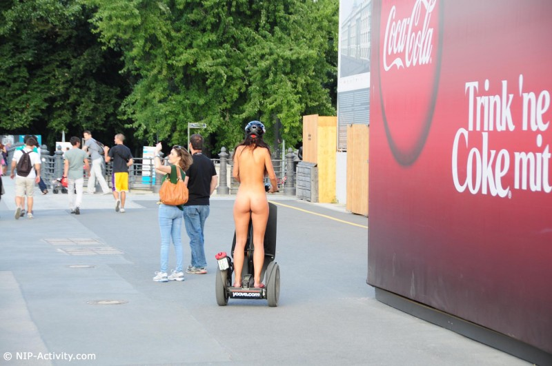 lauren-nude-public-segway-nip-activity-14