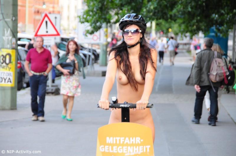 lauren-nude-public-segway-nip-activity-26