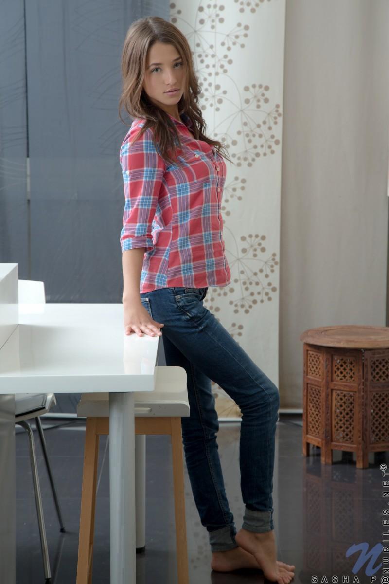 sasha-p-nude-jeans-nubiles-01