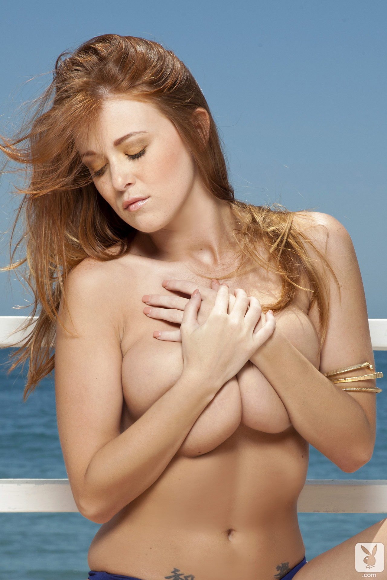 leanna-decker-bikini-boobs-redhead-seaside-playboy-05