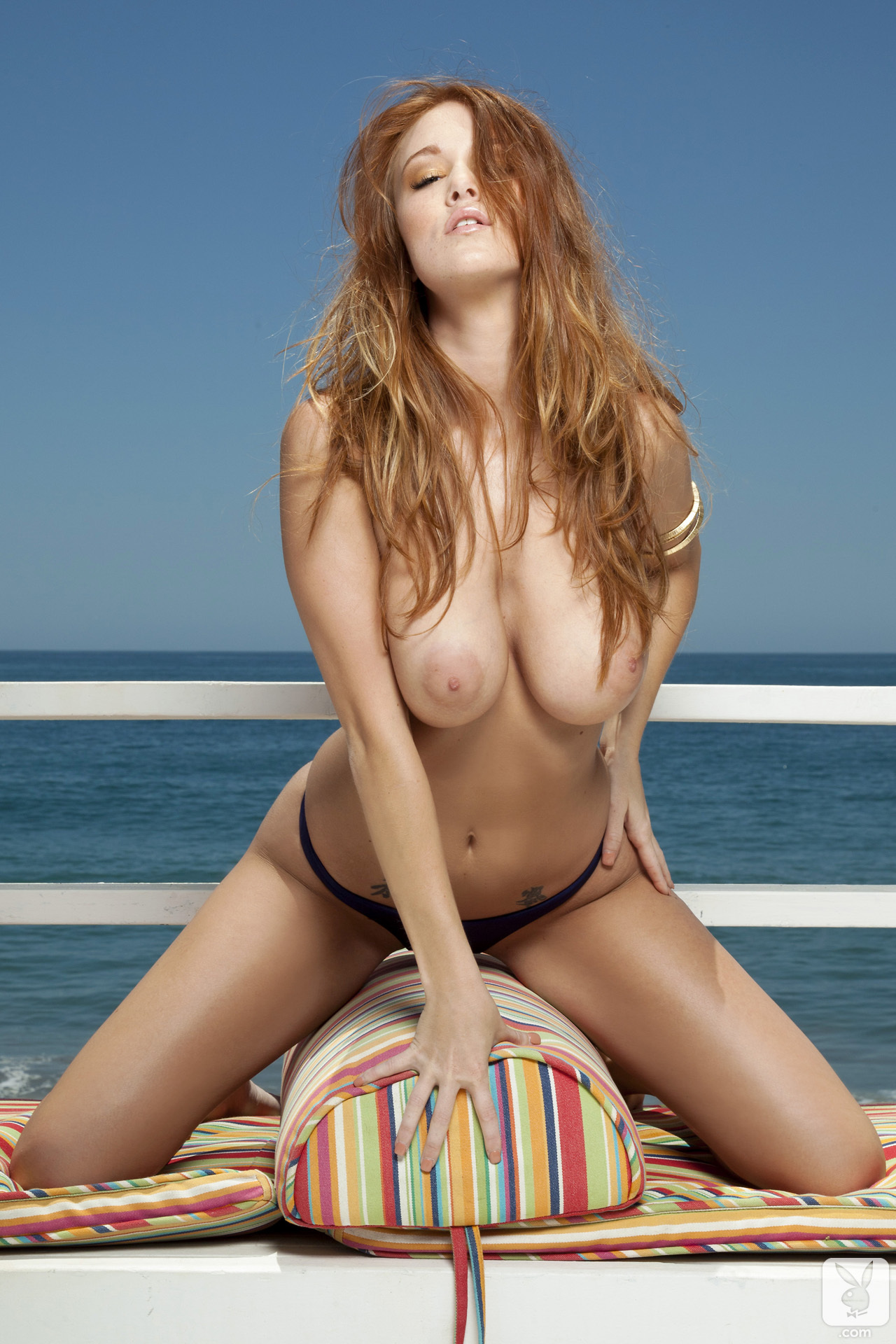 leanna-decker-bikini-boobs-redhead-seaside-playboy-07