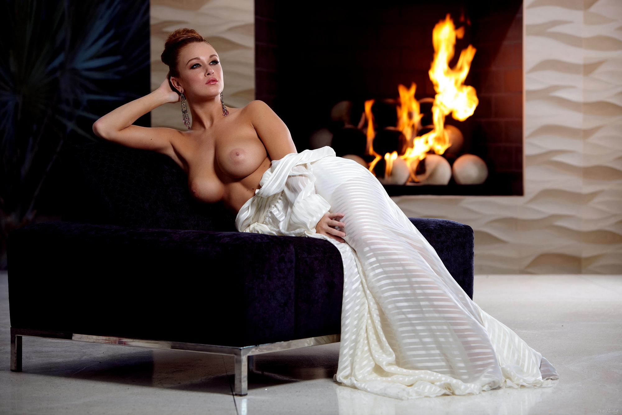 leanna-decker-nude-fireplace-redhead-hollyrandall-08
