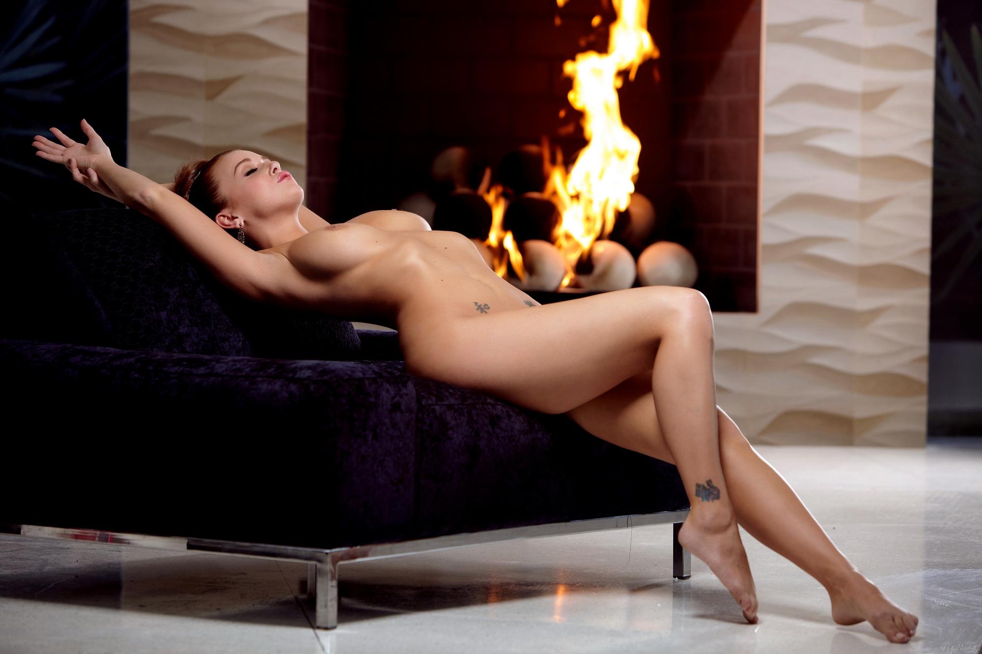 leanna-decker-nude-fireplace-redhead-hollyrandall-15
