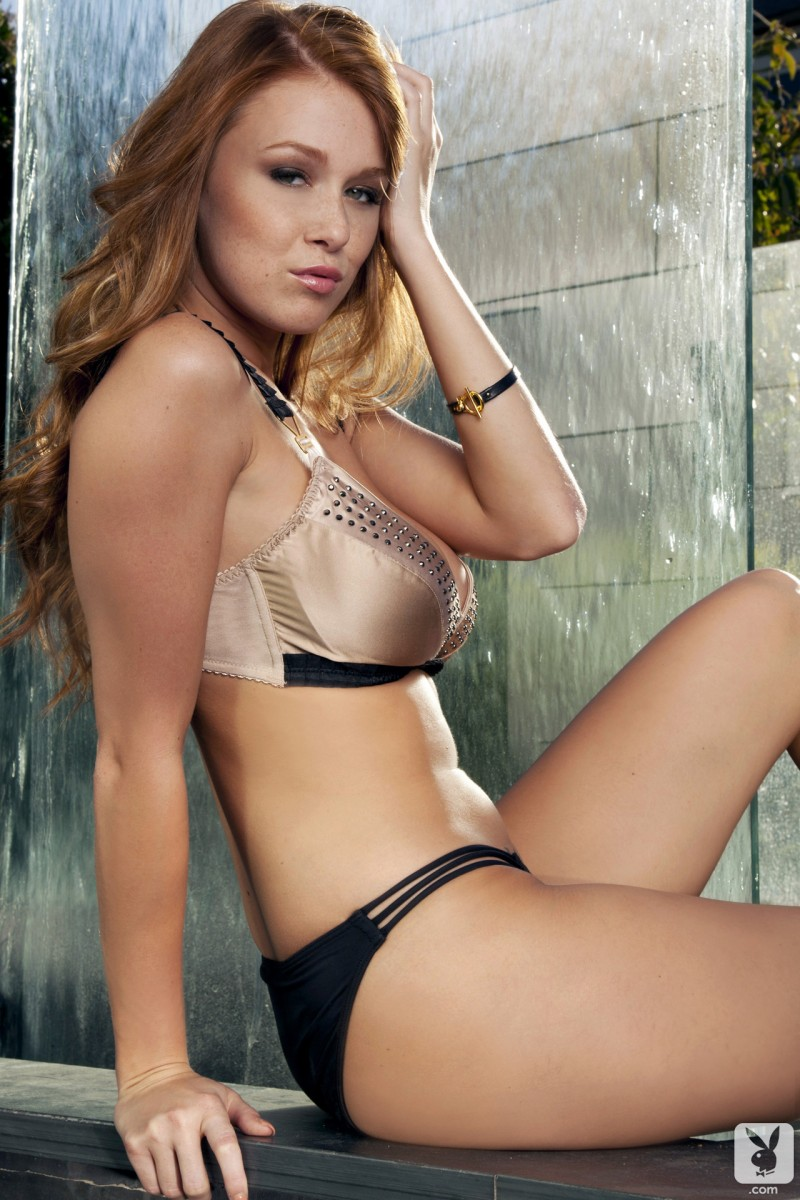 leanna-decker-fountain-playboy-01