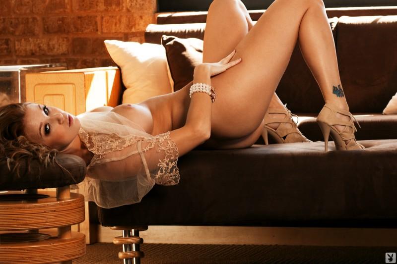 leanna-decker-nighty-naked-playboy-24