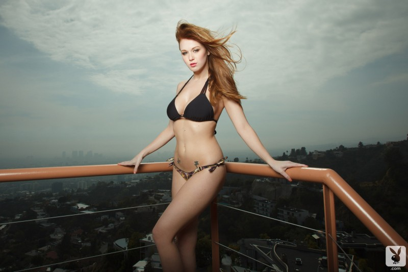 leanna-decker-balcony-playboy-03