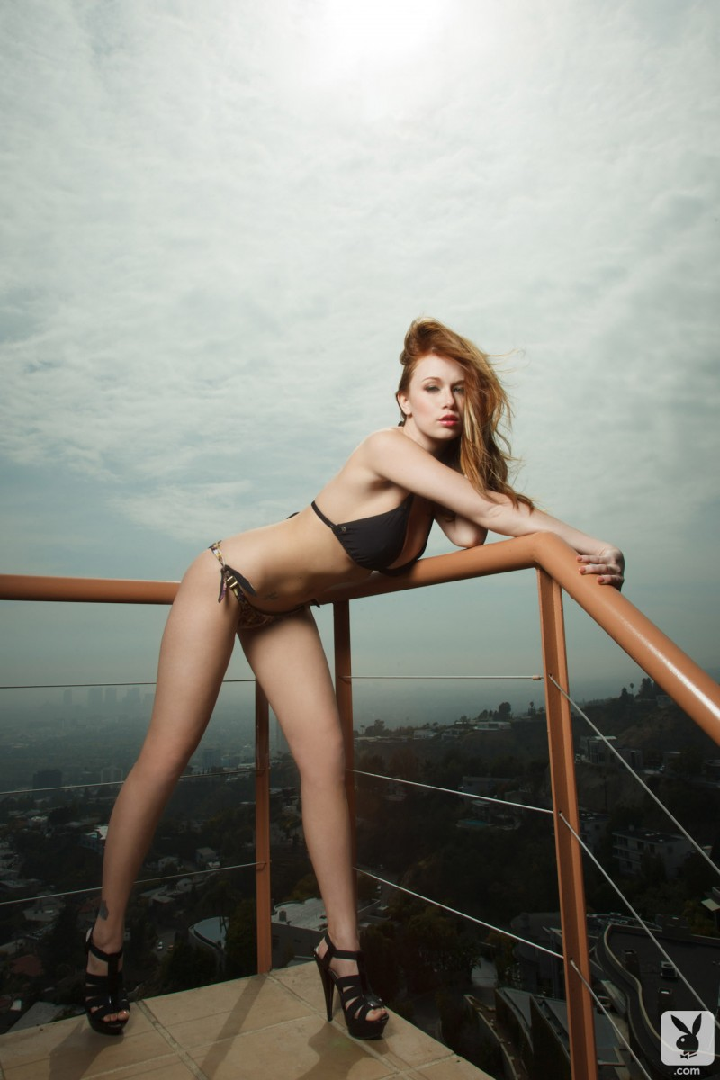 leanna-decker-balcony-playboy-04