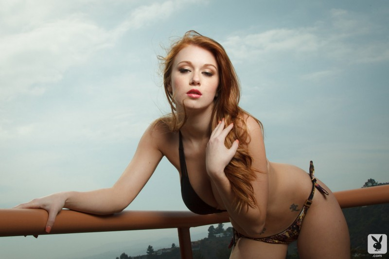 leanna-decker-balcony-playboy-05