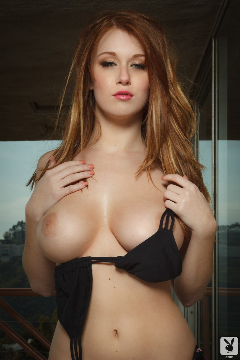 leanna-decker-balcony-playboy-11
