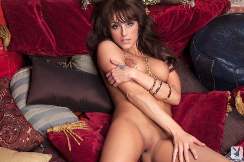 leia-christiana-nude-playboy-15