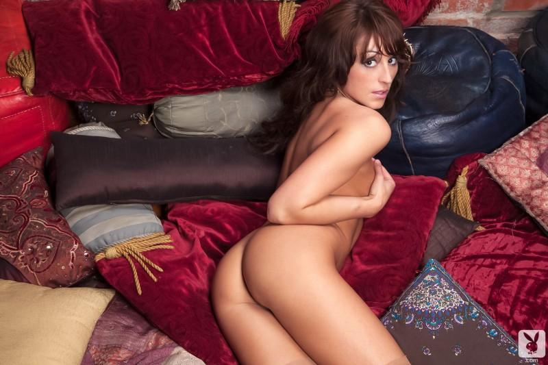 leia-christiana-nude-playboy-16