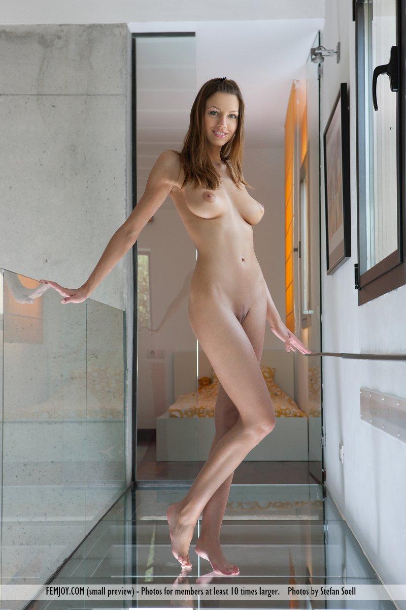 eufrat-nude-femjoy-01