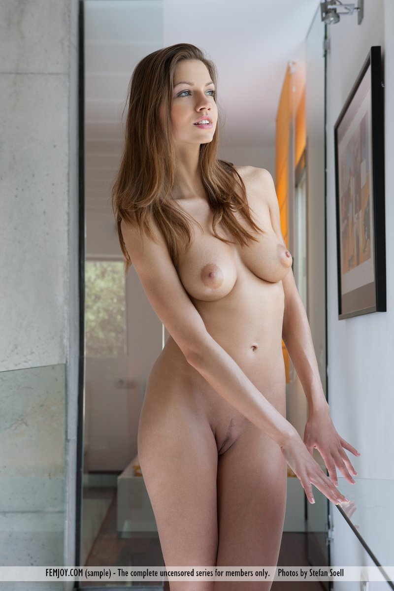 eufrat-nude-femjoy-04
