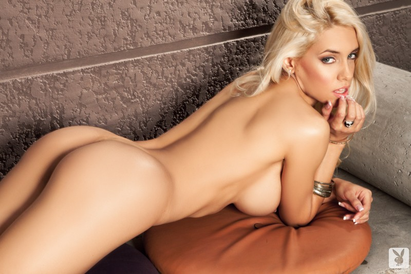 leonela-ahumada-boobs-blonde-nude-playboy-17