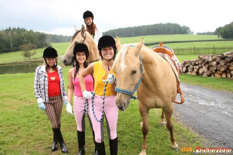 angelica-cora-lucy-&-sindy-horse-riding-club-seventeen-01