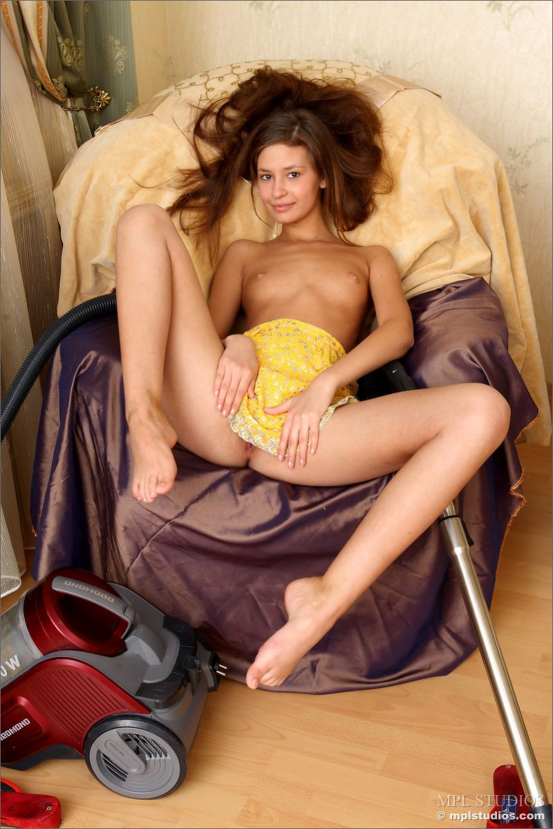 Naked vacuuming