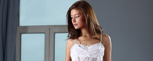 Lidija in white nighty